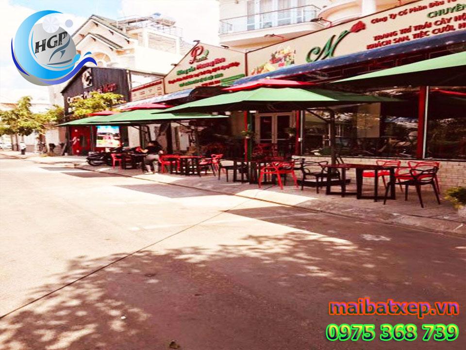 Mẫu Dù Che Nắng Mưa Quán Cafe Ngoài Trời Tại Quận 5